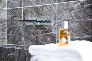 Luxury waterfall spout